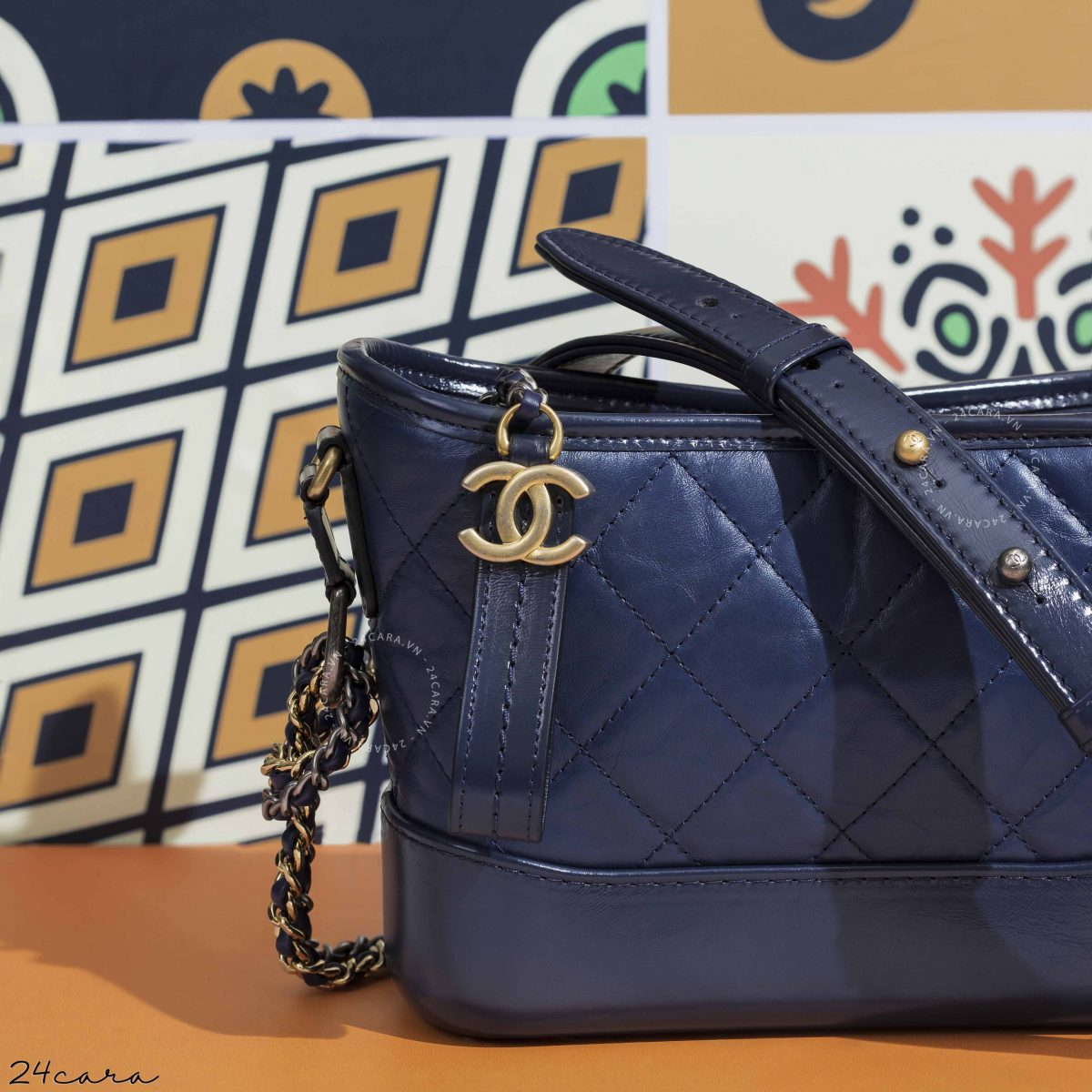 CHANEL'S GABRIELLE SMALL BLUE NAVY LEATHER HOBO BAG