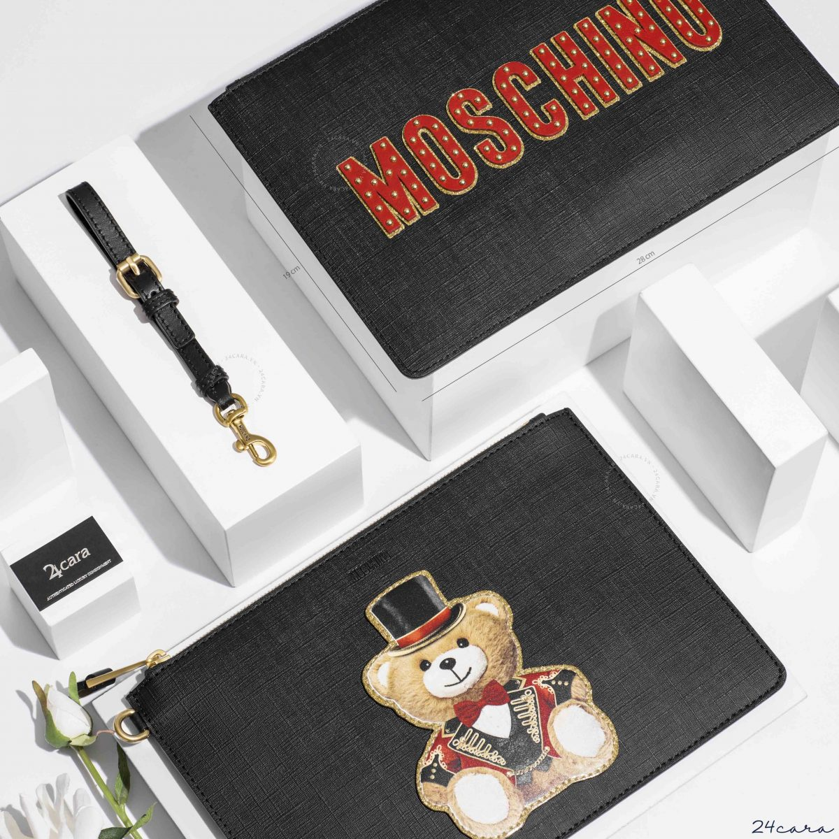 MOSCHINO WITH TEDDY CIRCUS CLUTCH