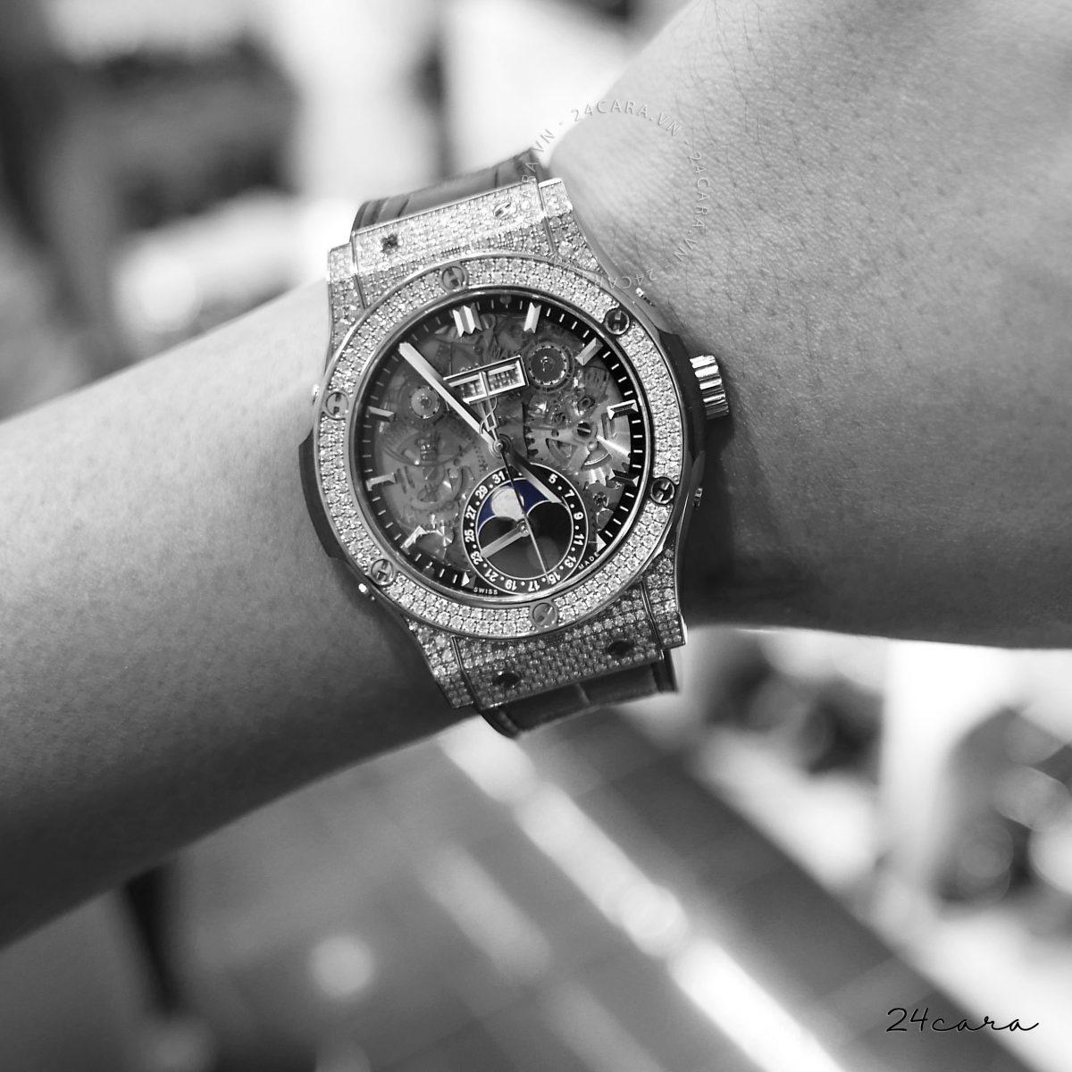 Đồng hồ Hublot chính hãng giá bao nhiêu tiền ở Việt Nam?